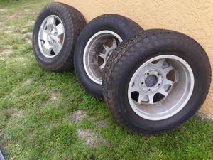 5 lug Toyota tundra rims and tires for Sale in Fort Myers, FL