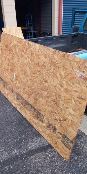 A full sheet of 7/16 OSB strand plywood with remnants for Sale in Newport News, VA