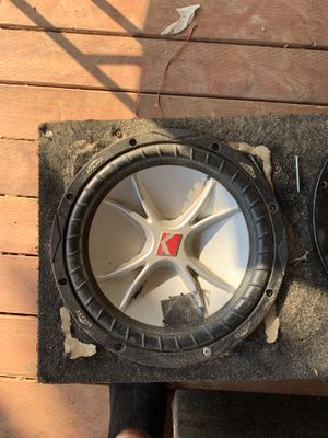12 inch kicker CVR subwoofer with box for 212s for Sale in Tulare, CA