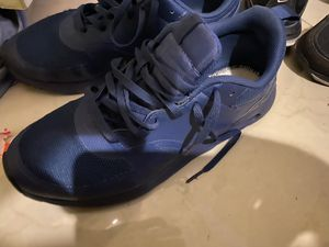 Nike air maxes size 9.5 for Sale in Miami, FL