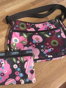 LeSport Sac Floral Purse Shoulder Bag Crossbody for Sale in Portland,  OR