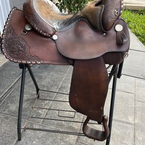 "15.5 "" Equitation Circle Y for Sale in Corona, CA"