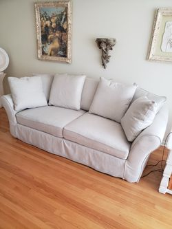 """0yster  Colour couch 93"""" long Good condition Asking 400 or best offer for Sale in Franklin Park, IL"""