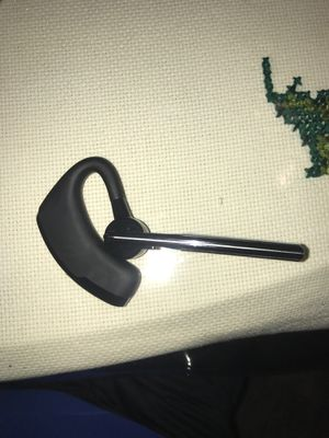 Ear Piece for Sale in Chicago, IL