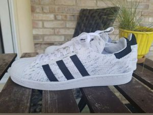 Adidas Primeknit Shoes Sneakers Mens 9.5 Womens 11.5 for Sale in Columbus, OH