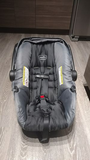 Evenflo infant seat for Sale in Wesley Chapel, FL