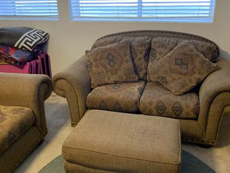 Sofa And Matching Love Seat With Ottoman for Sale in Chandler,  AZ