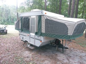 2005 starcraft pop up camper for Sale in Houston, TX