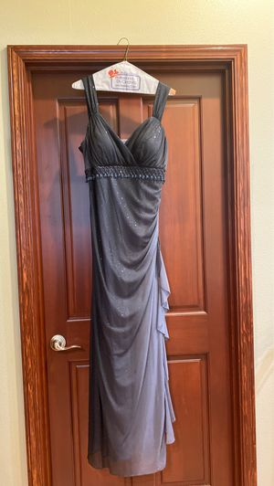 Betsy and Adam prom dress for Sale in Stanwood, WA