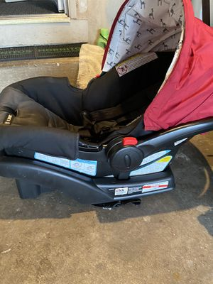 Infant Graco car seat for Sale in Pittsburg, CA