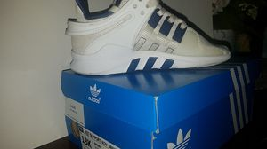 Unisex Adidas kids size 13 for Sale in North Las Vegas, NV