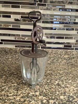 Antique mixer with glass bowl. for Sale in Chula Vista, CA