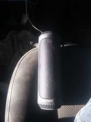 Nyne blue tooth speaker for Sale in Reedley, CA