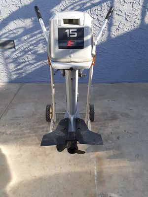 15hp evinrude outboard boat motor for Sale in Lakewood, CA