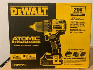 NEW ATOMIC 1/2 DRILL / DRIVER KIT. PRECIO FIRME - FIRM PRICE for Sale in Dallas, TX