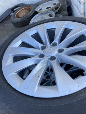 "Set of 4 Model X wheels (20"") for Sale in Hawaiian Gardens, CA"