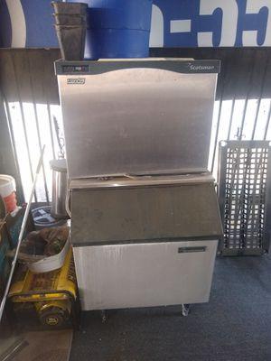 Ice maker. Commercial grade. Make offer for Sale in Fresno, CA