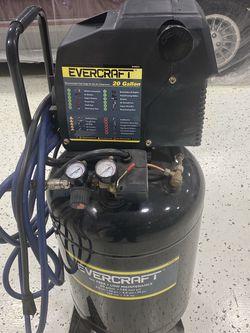 Evercraft 20 Gallon Air Compressor for Sale in Roanoke,  IL