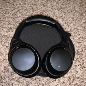 Sony WH-1000XM3 for Sale in St. Augustine, FL