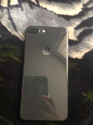 iPhone 8 Plus for Sale in Kansas City, MO