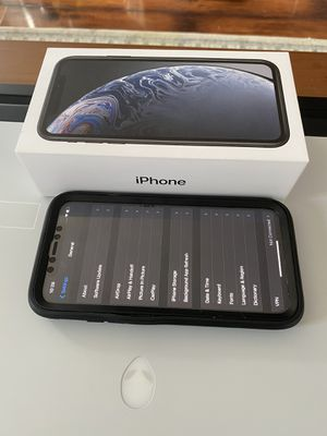 iPhone XR 128gb unlocked for Sale in Rowland Heights, CA