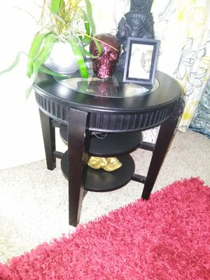 End tables and coffee table for Sale in Lakeland, FL