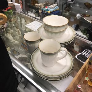 Classic beautiful 11 pcs dinner set for Sale in Spartanburg, SC