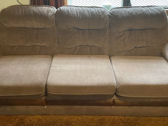 Pull Out Couch! Pick Up Only! for Sale in Miami,  FL