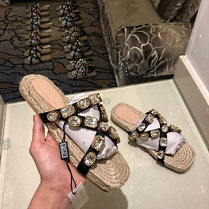 GUCCI jewels sandles two colors for Sale in Merrillville, IN
