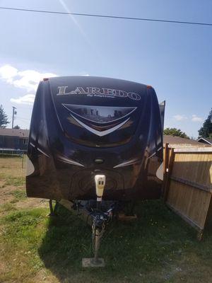 Keystone loredo RV TRAILER 29FEET for Sale in Renton, WA