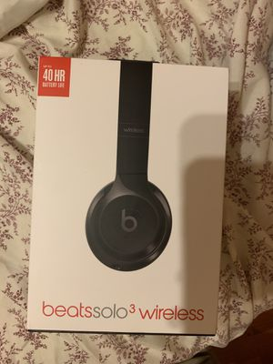 Beats solo 3 wireless for Sale in St. Louis, MO
