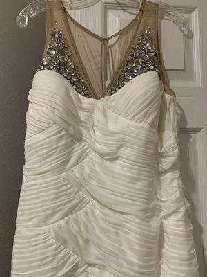 Weeding Dress beige size 12 run size 10 for Sale in Miami, FL