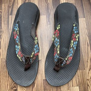 Chaco flip flop women's size 11 for Sale in Camp Hill, PA