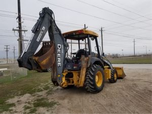 Backhoe John Deere 310J for Sale in Dallas, TX