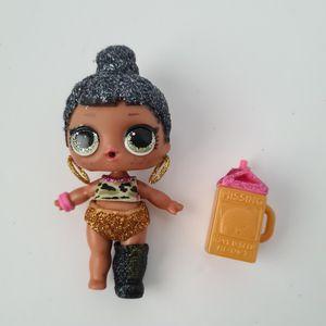 LOL Surprise Doll Bling Series Honey Bun B-006 pre-owned for Sale in St. Petersburg, FL