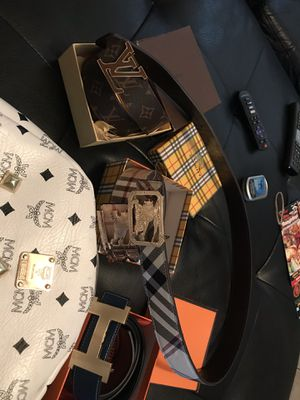 Mcm bag 2 Burberry belts hermēs belt and Louis Vuitton belt for Sale in Fort Lauderdale, FL