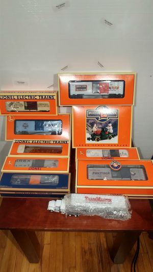 Lionel Trains 10 Piece Bundle - NEW IN BOX for Sale in Hendersonville, TN