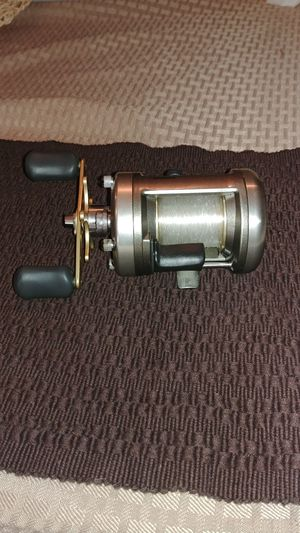 Shimano Cardiff 401A Fishing Reel for Sale in Rochester, WA