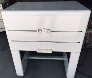 Antique Ironrite Model 85 Ironer for Sale in Ransom Canyon, TX