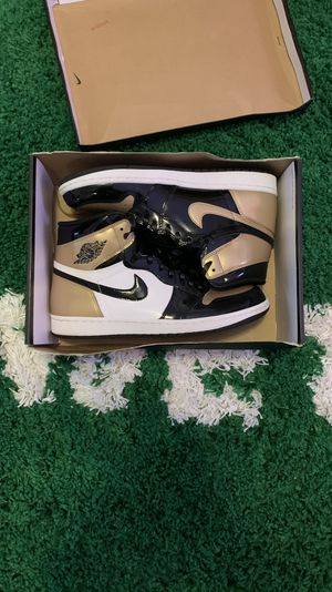 Jordan 1 gold toe size 10.5 (worn once) for Sale in La Mesa, CA
