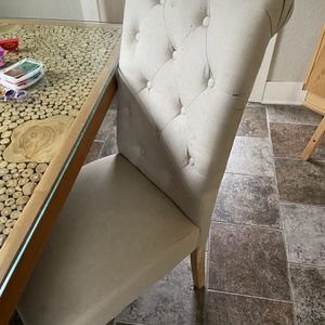 6 Dining Chairs for Sale in Hillsboro, OR