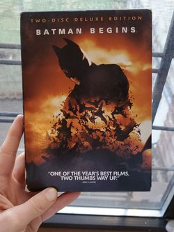 Batman Begins Two Disc DELUXE Edition DVD Set With Comic Book! for Sale in Brooklyn,  NY