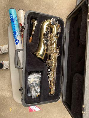saxophone for Sale in Kingsburg, CA