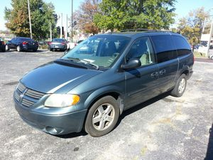 2007 dodge grand caravan SXT w/ stow n go seating for Sale in St. Louis, MO