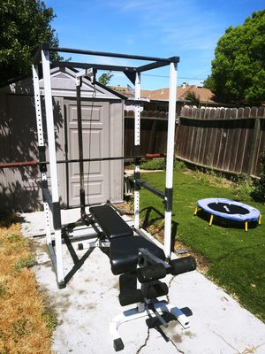 Complete workout set up for Sale in Pittsburg, CA