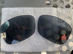 OAKLEY HIJINX GREY POLARIZED IRIDIUM AUTHENTIC FACTORY REPLACEMENT LENS for Sale in Los Angeles, CA