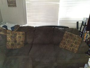 Couch for Sale in Darrington, WA