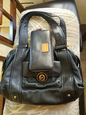 Michael Kors purse and wallet for Sale in Lincoln Acres, CA