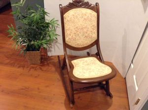 Rocking Chair Wooden Carved w Cushioned Fabric Vintage USA Made Great for Sale in Dayton, MD