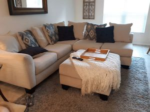 White cloth sectional with ottoman for Sale in Vero Beach, FL